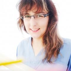 Martina In der Schweiz zertifizierte Mundhygienikerin für Ihre perfekte Zahnreinigung